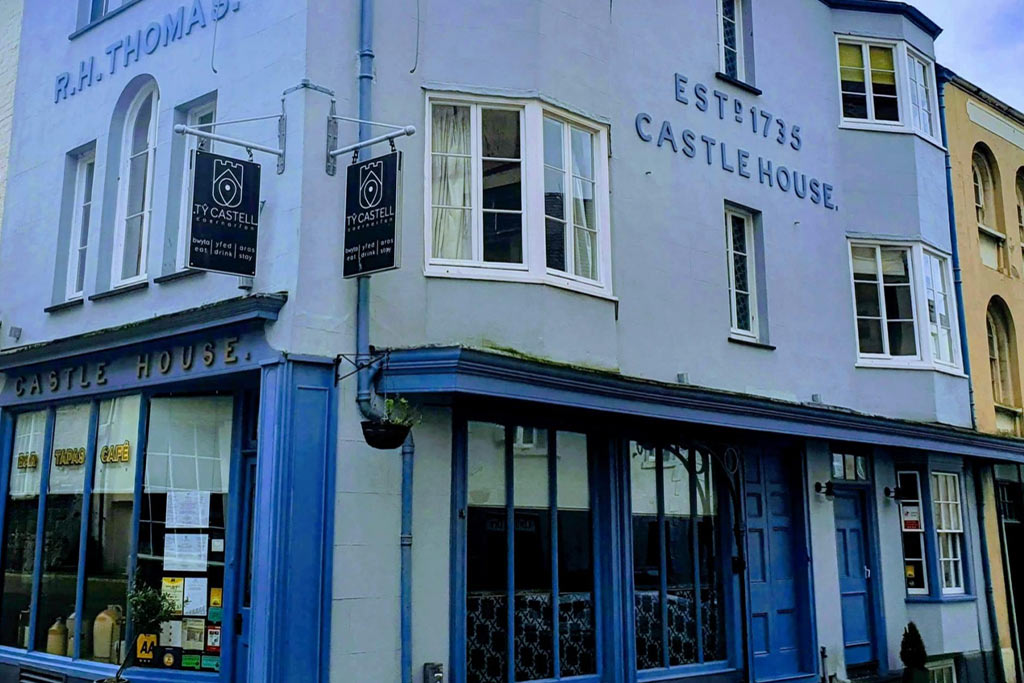 Ty Castell, Caernarfon